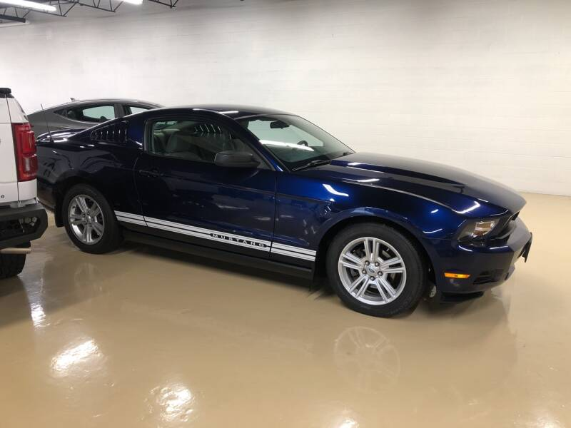 2010 Ford Mustang V6 2dr Fastback - Lake In The Hills IL