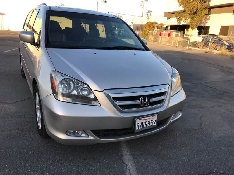 2007 Honda Odyssey Touring w/DVD w/Navi (image 1)
