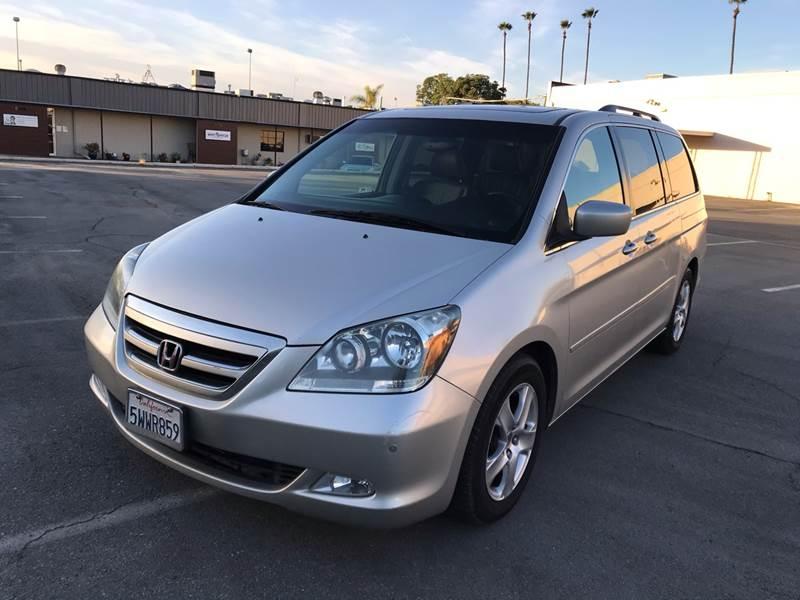 2007 Honda Odyssey Touring w/DVD w/Navi (image 2)