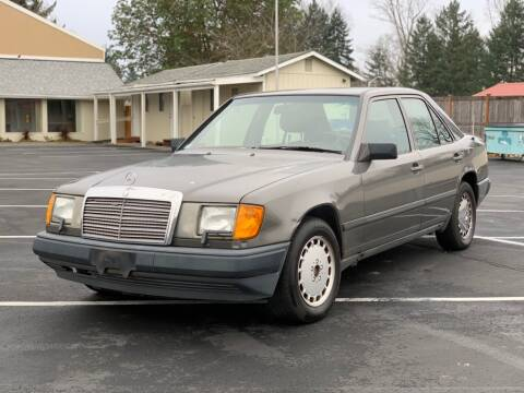 1987 Mercedes-Benz 300-Class for sale at Q Motors in Lakewood WA