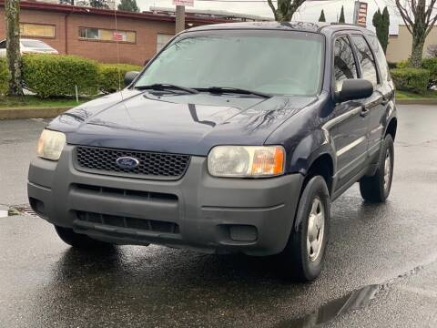 2004 Ford Escape for sale at Q Motors in Lakewood WA