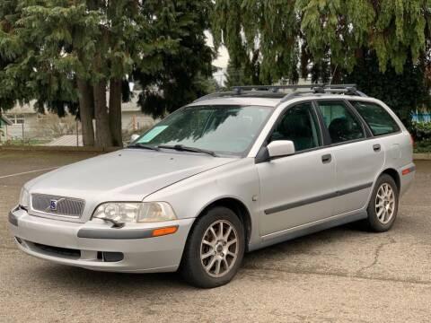 2001 Volvo V40 for sale at Q Motors in Lakewood WA