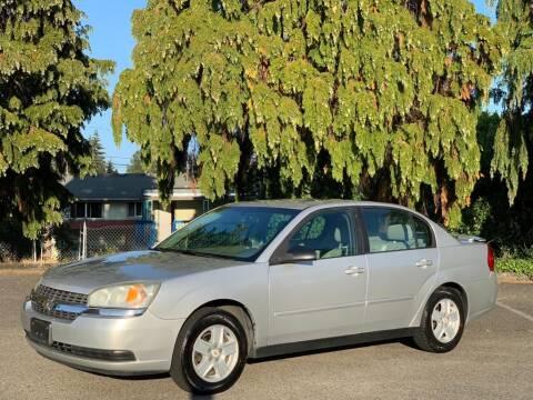 2005 Chevrolet Malibu for sale at Q Motors in Lakewood WA