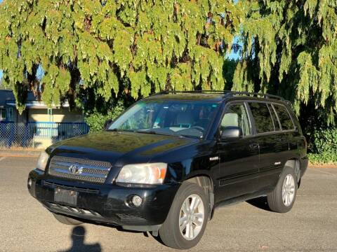2006 Toyota Highlander Hybrid for sale at Q Motors in Lakewood WA