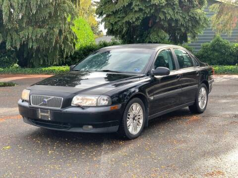 2001 Volvo S80 for sale at Q Motors in Lakewood WA