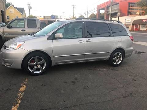 2005 Toyota Sienna for sale at Techno Motors in Danbury CT