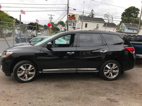 2013 Nissan Pathfinder for sale at Techno Motors in Danbury CT