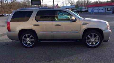 2009 Cadillac Escalade for sale at Techno Motors in Danbury CT