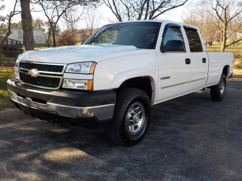 2007 Chevrolet Silverado 2500HD Classic for sale at Smith & Sons Auto Sales in Merriam KS