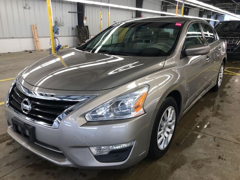 2013 Nissan Altima 2.5 In Palatine IL - MULLINS USED CARS
