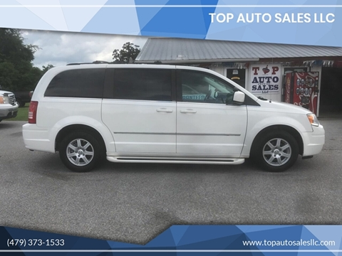 2010 Chrysler Town and Country for sale in Siloam Springs, AR