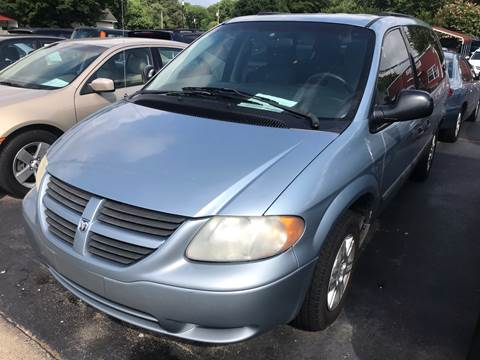2005 Dodge Grand Caravan for sale at Sartins Auto Sales in Dyersburg TN