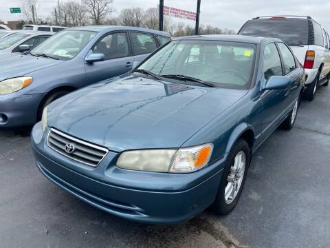 2001 Toyota Camry for sale at Sartins Auto Sales in Dyersburg TN