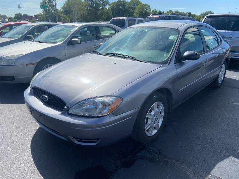 2006 Ford Taurus for sale at Sartins Auto Sales in Dyersburg TN