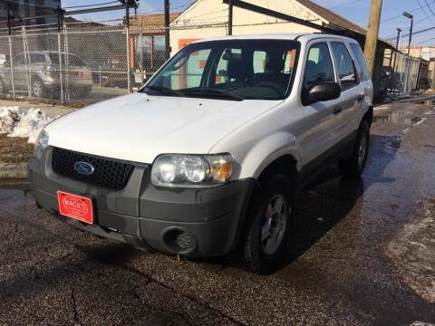 2005 Ford Escape XLS for sale at MACK'S MOTOR SALES in Chicago IL