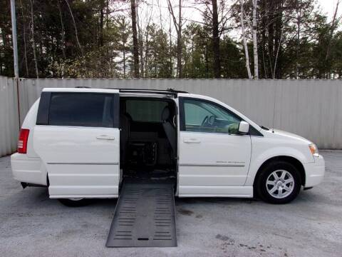 2010 Chrysler Town and Country Touring for sale at 1 Handicap Vans.com in Brentwood NH