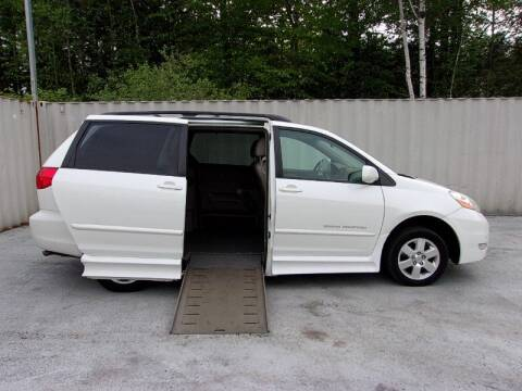 2010 Toyota Sienna XLE for sale at 1 Handicap Vans.com in Brentwood NH