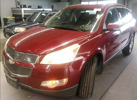 2009 Chevrolet Traverse for sale at Green Light Auto in Sioux Falls SD