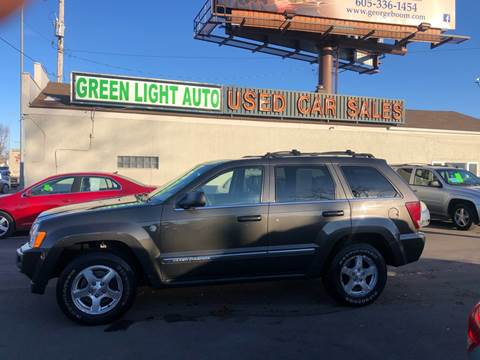 2006 Jeep Grand Cherokee Limited for sale at Green Light Auto in Sioux Falls SD
