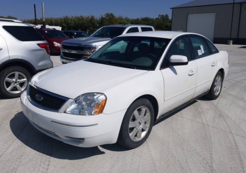 2006 Ford Five Hundred for sale at Green Light Auto in Sioux Falls SD