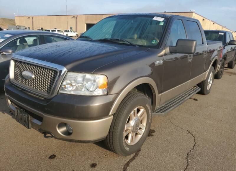 2006 Ford F-150 for sale at Green Light Auto in Sioux Falls SD