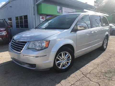 2008 Chrysler Town and Country for sale at EXECUTIVE CAR SALES LLC in North Fort Myers FL