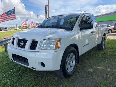 2007 Nissan Titan for sale at EXECUTIVE CAR SALES LLC in North Fort Myers FL