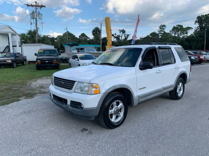 2002 Ford Explorer for sale at EXECUTIVE CAR SALES LLC in North Fort Myers FL