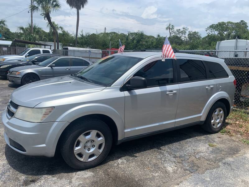 2009 Dodge Journey for sale at EXECUTIVE CAR SALES LLC in North Fort Myers FL