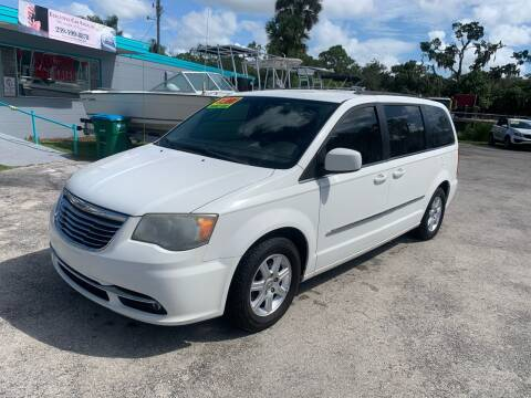 2012 Chrysler Town and Country for sale at EXECUTIVE CAR SALES LLC in North Fort Myers FL