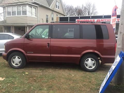 2000 GMC Safari for sale in Bridgeport, CT