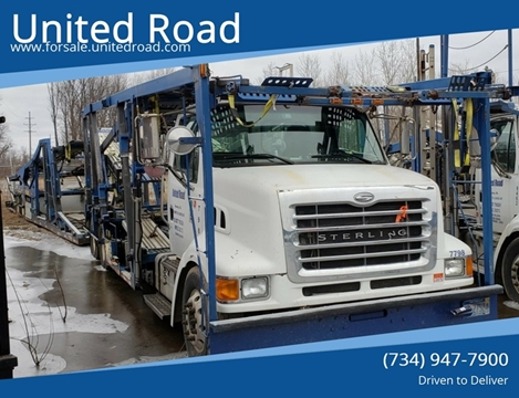 2005 Sterling LT9500 for sale in Romulus, MI