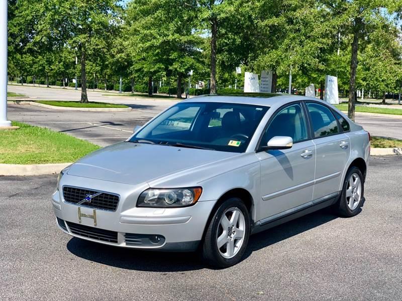2006 Volvo S40 for sale at Supreme Auto Sales in Chesapeake VA