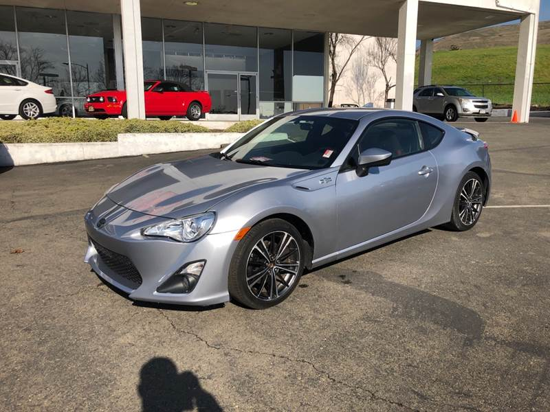 2015 SCION FR-S BASE 2DR COUPE 6M silver need financing we can help call now call today call