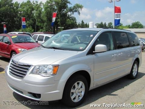 2010 Chrysler Town and Country for sale in Wahiawa, HI