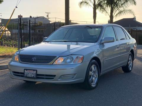 2002 Toyota Avalon for sale at ZaZa Motors in San Leandro CA