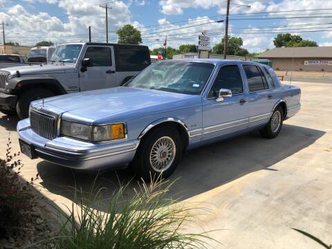 1994 Lincoln Town Car for sale at Texas Auto Broker in Killeen TX
