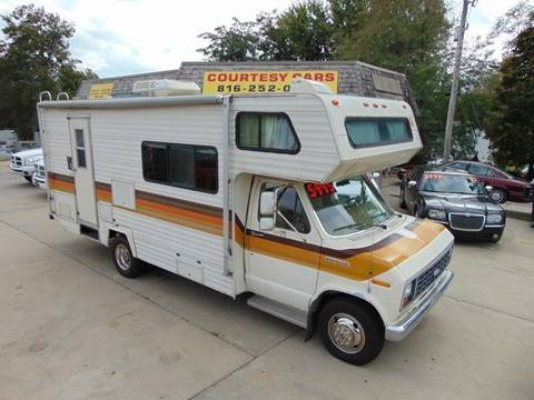 1983 Ford E-350 for sale at Courtesy Cars in Independence MO