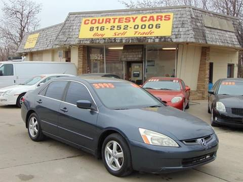 2004 Honda Accord for sale at Courtesy Cars in Independence MO