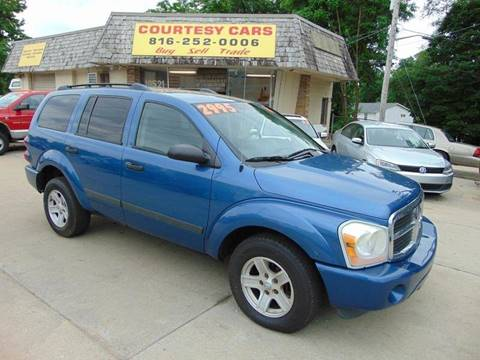 2006 Dodge Durango for sale at Courtesy Cars in Independence MO