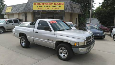 2001 Dodge Ram Pickup 1500 for sale at Courtesy Cars in Independence MO