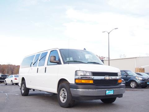 2017 Chevrolet Express Passenger for sale in Elkton, MD