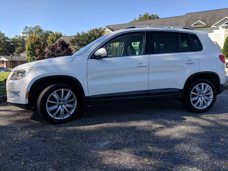 2009 Volkswagen Tiguan for sale at Budget Cars Of Greenville in Greenville SC