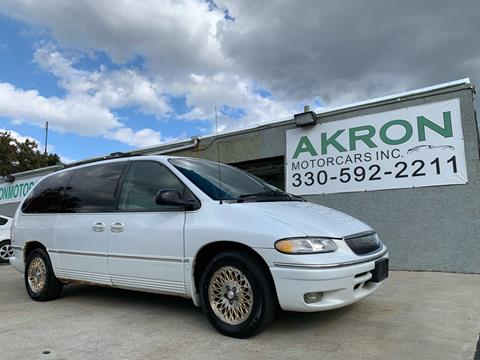 1996 Chrysler Town and Country for sale in Akron, OH