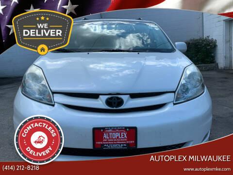 2006 Toyota Sienna for sale at Autoplex in Milwaukee WI