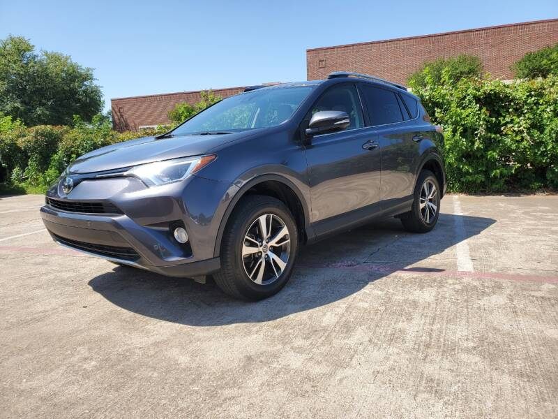 2018 Toyota RAV4 for sale at Italy Auto Sales in Dallas TX