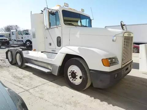 2000 Freightliner FLD120 for sale in Lincoln, NE