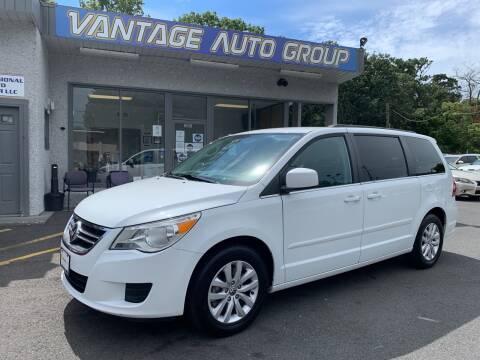 2014 Volkswagen Routan for sale at Vantage Auto Group in Brick NJ