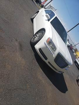 2013 Chrysler 300 for sale in Detroit, MI