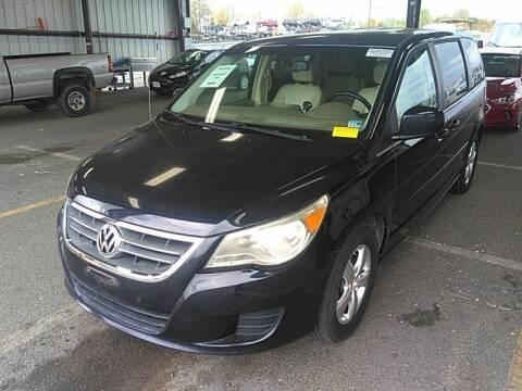 2010 Volkswagen Routan for sale at Cj king of car loans/JJ's Best Auto Sales in Troy MI